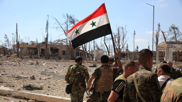mideast-crisis-syria-aleppo-syrian-national-flag-sept-5-2016