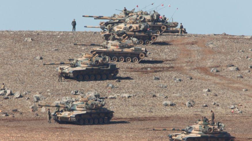 turkis-army-near-birder-with-syria