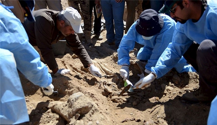 Hashd al Shabi Discover Two Mass Graves found in Mosul, One in Fallujah