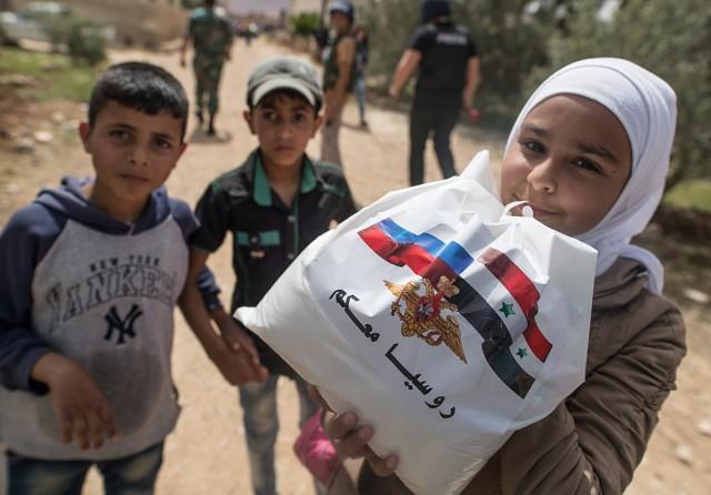 russian_humanitarian_aid_tass_15223940_b-640x446