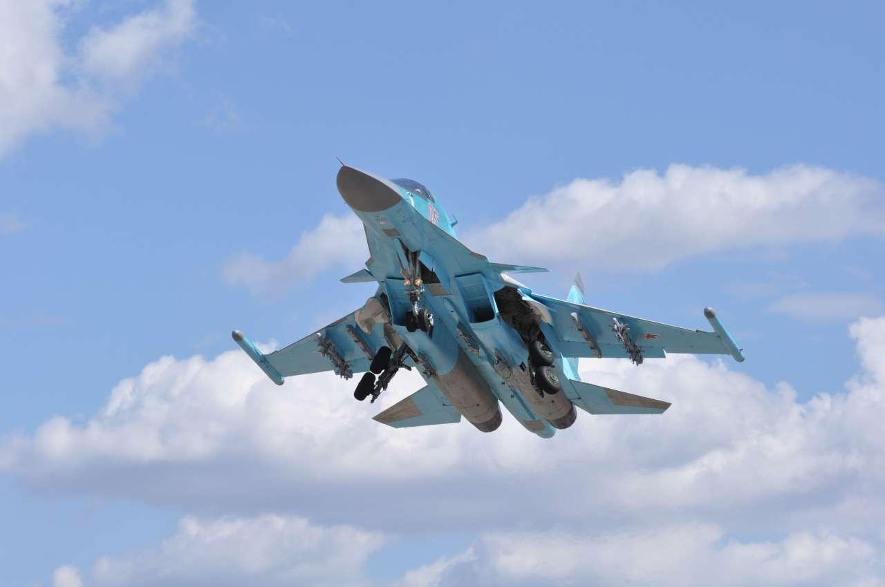 russian_plane_su_34__sukhoi_34_021015
