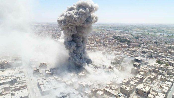 US-airstrike-on-Raqqa-city