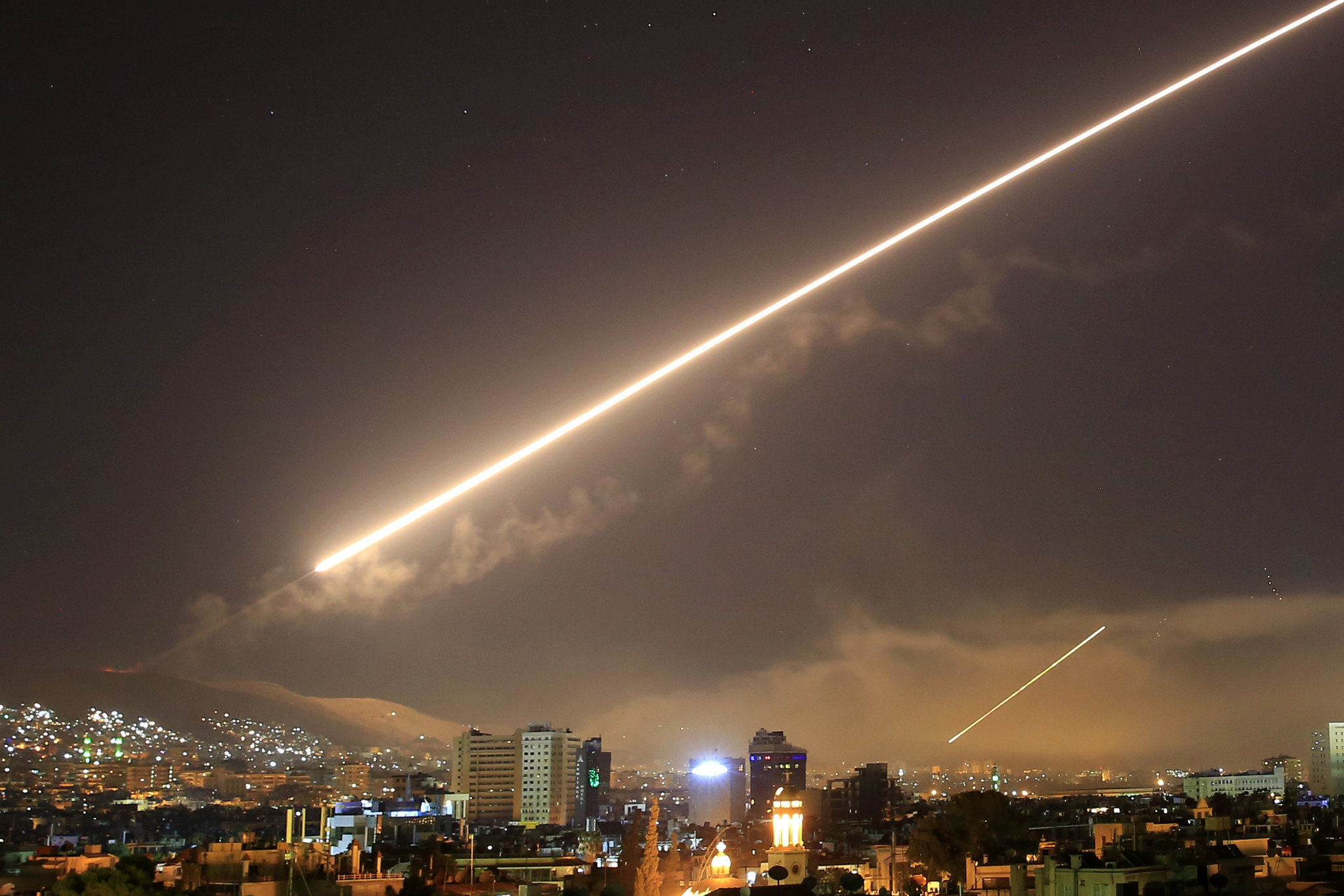 ct-trump-syria-airstrikes-20180413.jpg